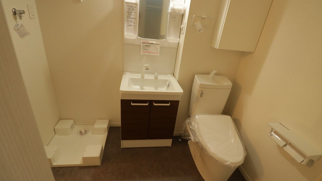 洗面トイレ洗濯機置場